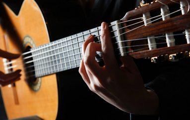 Novi instrumentalni projekt: hrvatske flamenco gitare Davida Savčića i Tea Mandžuke