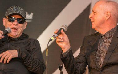 "Pogledajte tko je dobio ""srednji prst"" na NME nagradama!"