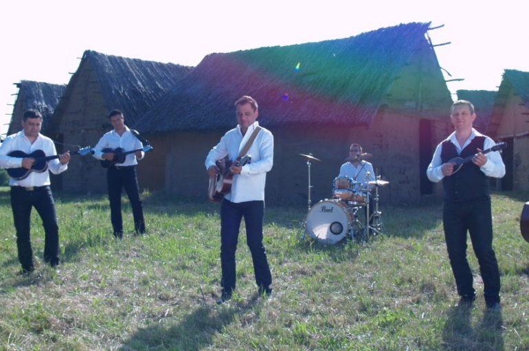 """Slavonia Band s pjesmom """"Mnoge su me ljubile"""" na CMC festivalu"""