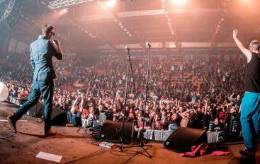 Kawasaki 3P večeras na rasprodanom koncertu na krovu zgrade u Bruxellesu