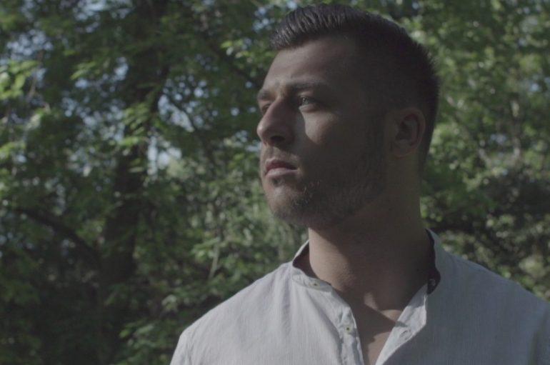 Alen Đuras objavio spot za debi singl kojim je poharao top liste
