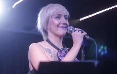 Dunja Knebl i Nina Kraljić zajedno u pjesmama s one strane vremena