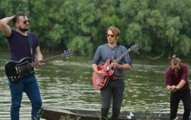 """Swamp 'n' roll sastav Garage in July predstavio """"Trijem za ples"""" in July"""