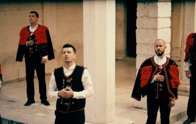 Branimir Bubica novim singlom najavio izlazak novog albuma klape Sebenico