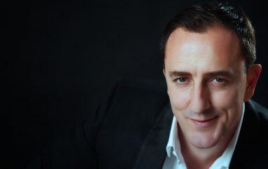 NAJAVA: Emotivna glazbena večer nepopravljivog romantika, Sergeja Ćetkovića, u Lisinskom