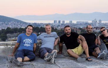 """Splitski Špurijus vraća se na scenu novim singlom i spotom """"Apartmani"""""""
