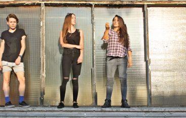 """RECENZIJA: Tús Nua – """"Horizons"""" – mračan i fenomenalan glazbeni svijet mladog all-girl benda"""