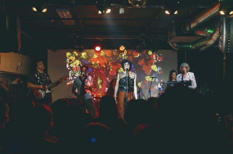 IZVJEŠĆE/FOTO: U pol' 9 kod Sabe priuštili odličan tulum na promociji novog albuma