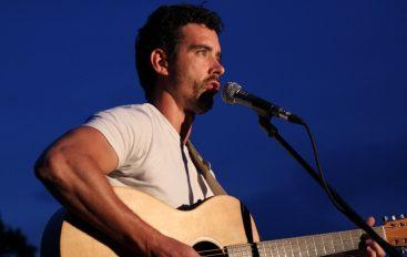 Cijenjeni engleski singer/songwriter, Mark Peters, ovoga četvrtka promovira album u Zagrebu
