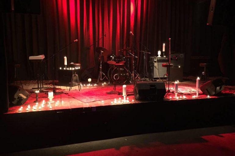 Akustični grunge spektakl u Saxu!