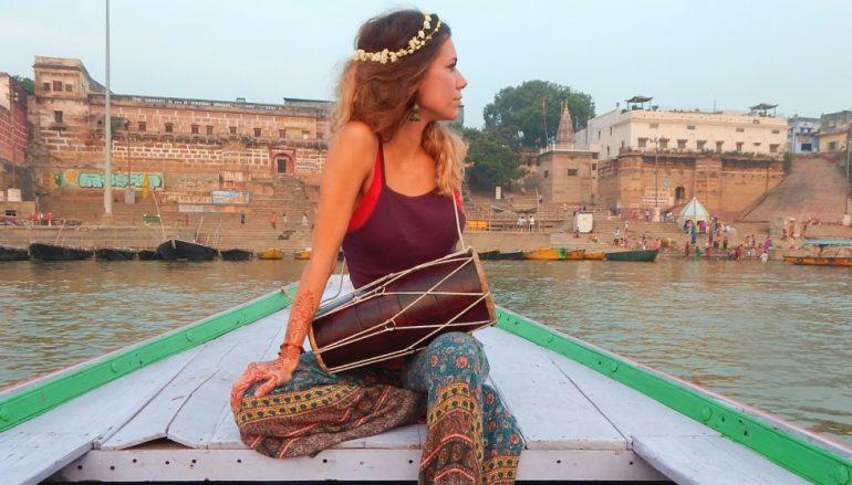 Osječka glazbenica Aklea Neon u Indiji na festivalu svjetla