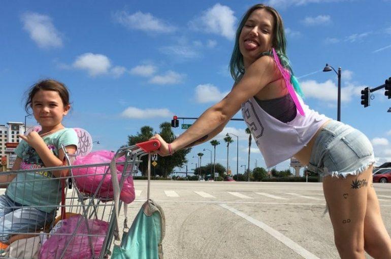 """RECENZIJA: Sean Baker: """"Projekt Florida"""" – veliki mali film"""