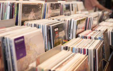 Zašto se bolje isplati glazbu objavljivati na vinilu nego na digitalnim servisima?