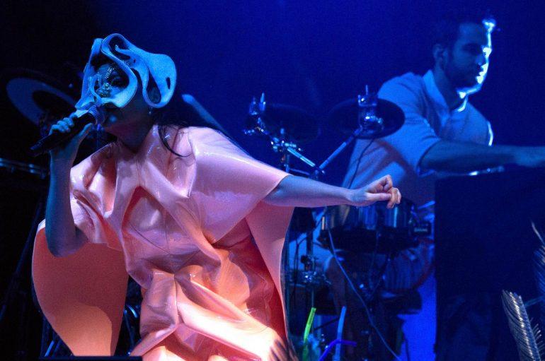 Björk priprema reizdanje svojih 9 albuma na šarenim kazetama!