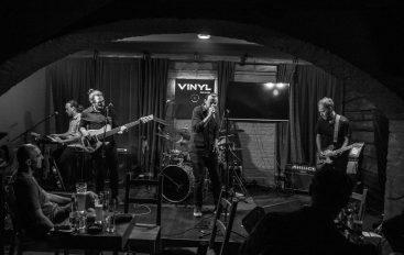 Grupa Les predstavila novu pjesmu i spot mini koncertom u Vinylu!