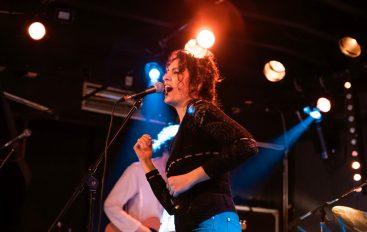 IZVJEŠĆE/FOTO: Mary May u Močvari – dobili smo novu autentičnu glazbenicu vrlo visokih dometa