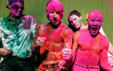 """Red Hot Chili Peppers odsvirali povijesni koncert kod egipatskih piramida i izveli """"Pyramid Song"""""""