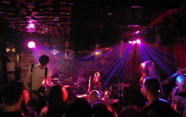 "IZVJEŠĆE: Repetitor @ Rock bar King – Đakovo i ""King"" postaju slavonski rock centar"