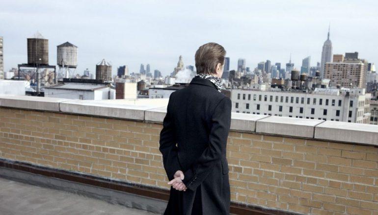 """Novi detalji Bowiejeve biografije i čudne seks ponude njegovih """"grupija"""""""