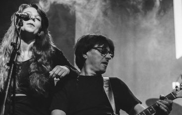Saša Novak, bivši gitarist Psihomodo popa, predstavlja novi singl!