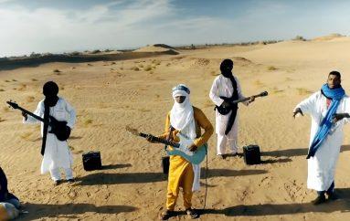 "Saharski glazbenici Tinariwen najavili novi album singlom ""Taqkal Tarha"""