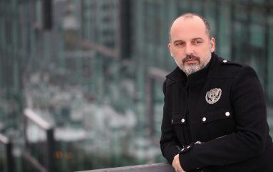 """Toni Cetinski o ljubavi kao pokretaču i životnom motu u novoj pjesmi """"Kao u snu"""""""