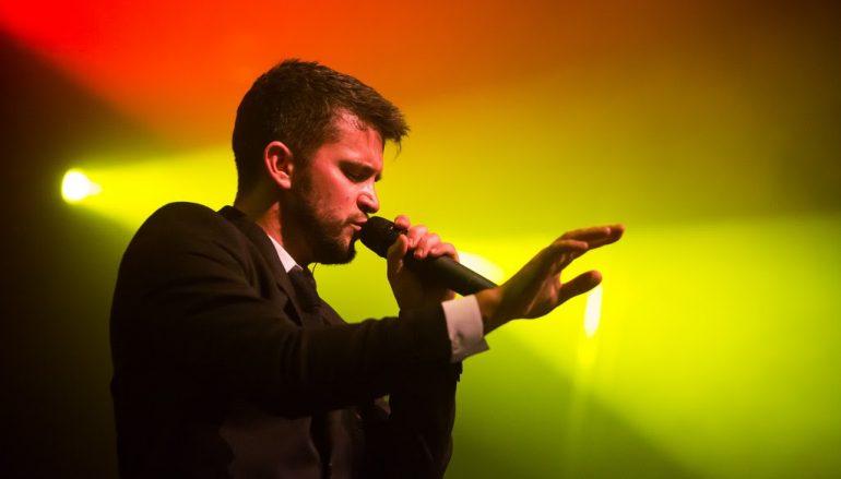 Energičnim i rasplesanim koncertom u prepunoj Tvornici, Damir Kedžo potvrdio zvjezdani status!