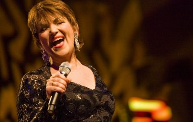 Zorica Kondža predstavlja novi album 'Live Lisinski'