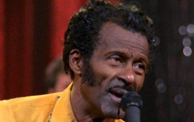 Rock 'n' roll pionir Chuck Berry preminuo u 90. godini života