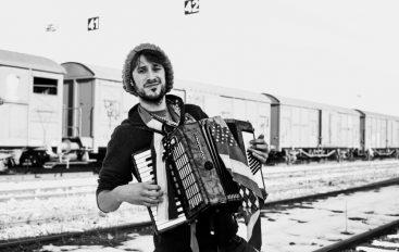 MOJ +1: Reper, šansonjer i jazzer Miki Solus novi je plus jedan naše novinarke