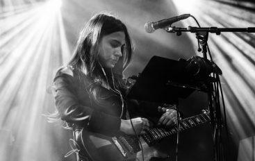 Novi album Sare Renar izlazi 17. siječnja – pretpremijera u Vinylu