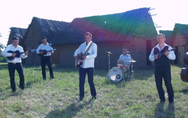 """Slavonia Band objavila video spot za pjesmu """"Da li mjesec zna"""""""