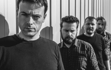 Clone Age s debi albumom akustično u Rockmarku