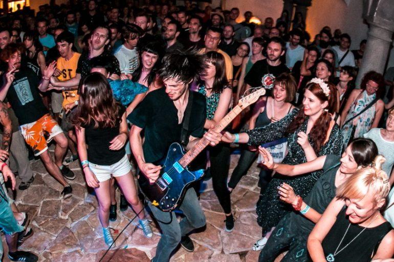 DORF i SuperUho najavljuju zajednički glazbeni program – glavno ime Repetitor!