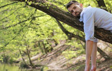 """Video singlom """"Nju nije briga"""" Luul najavljuje album """"Prevelika očekivanja"""""""