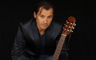 RECENZIJA: Robby Crespo, pjevač i glazbenik hrvatskih i španjolskih korijena u zavodljivom pop izdanju