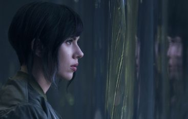 """RECENZIJA: """"Ghost In The Shell"""" – duh s dušom"""