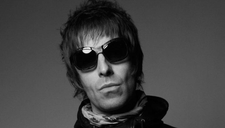 """Poslušajte genijalni debitantski solo singl Liama Gallaghera – """"Wall of Glass"""""""