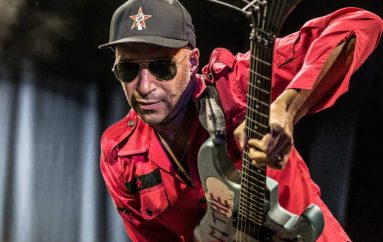 "Tom Morello najavio autobiografiju ""Whatever It Takes"""