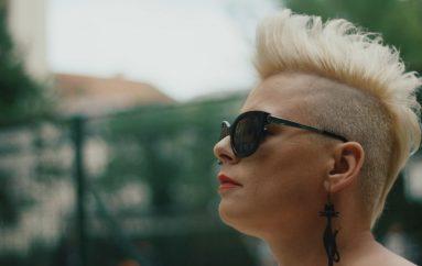 Bivša pjevačica Valungara, Jelena Vanjek Jella, najavila solo karijeru debi singlom