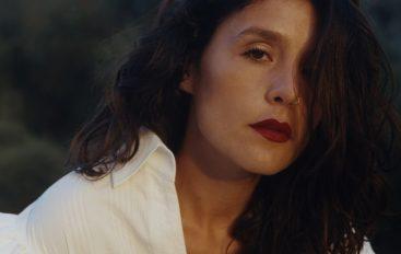 """Jessie Ware objavila dugoočekivani novi studijski album """"Glasshouse"""""""