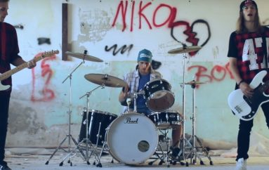 "Poslušajte mlade rockere, tri brata iz Čakovca – Mirisi predstavili prvi singl ""Ljudi"""