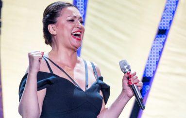 Nina Badrić dobitnica prve nagrade publike za hit godine – Cesarica!