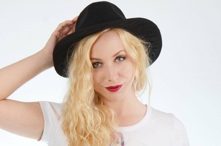 Perspektivnla pjevačica osebujnog glasa, Ivana Majcan, predstavila novu pjesmu