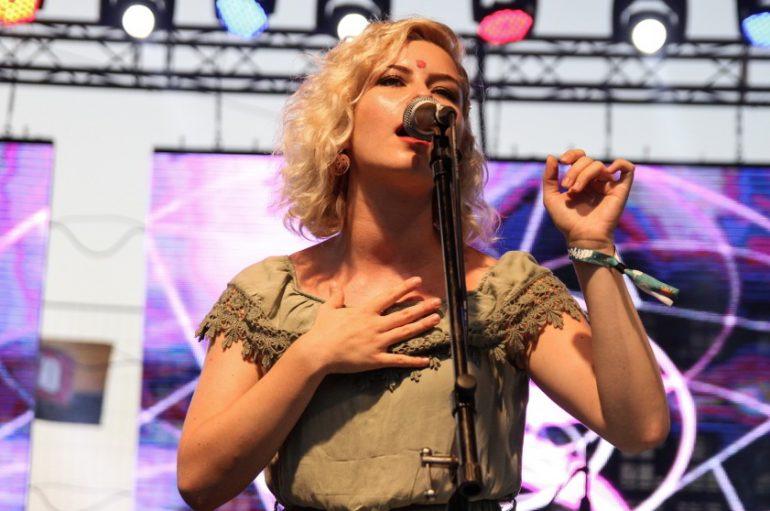Nikol Ćaćić (NLV) za Music Box o bendu, debi albumu, usporedbama s Grace Slick i drugim temama