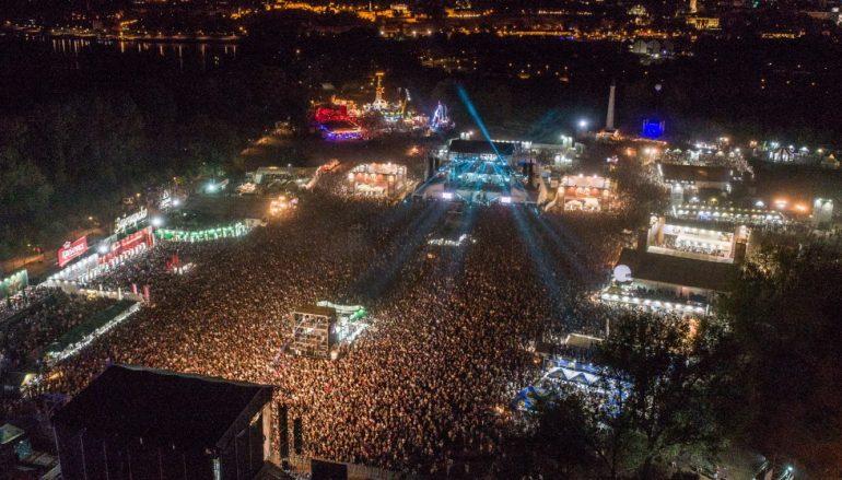 IZVJEŠĆE/FOTO: U prva tri dana Belgrade Beer Fest posjetilo 360.000 ljubitelja glazbe i piva