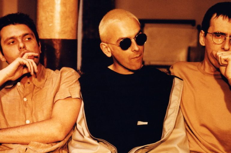 "Britanski elektronci Underworld predstavili reizdanje legendarnog albuma ""Beaucoup Fish"""