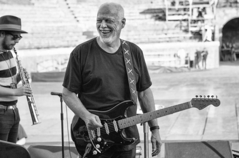 "David Gilmour objavio live audio/video album ""Live At Pompeii"""