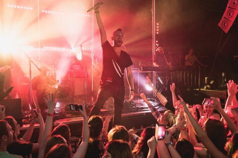 """Ivan Dečak za Music Box o videospotu za """"Sekvoje"""" te čudnom i zanimljivom ambijentu mjesta snimanja"""