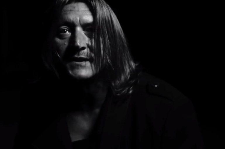 """Zagrebački kantautor Grof Kanizsai objavio novi singl i spot – """"Usne crvene"""""""